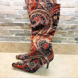 Michael Red Paisley Bianca Boot Size 7.5